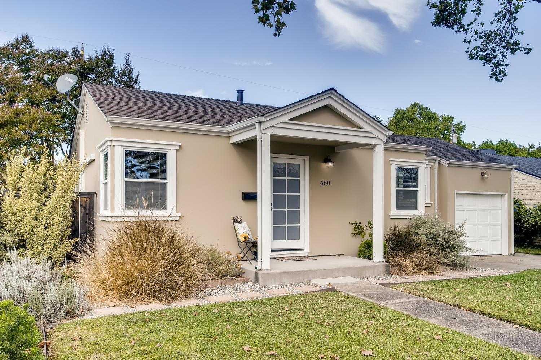 $499,900 - 2Br/1Ba -  for Sale in Sacramento