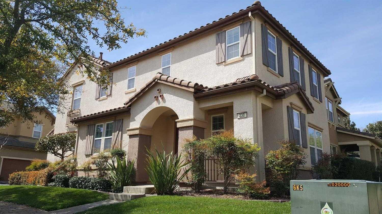 230 Wapello Cir Sacramento, CA 95835