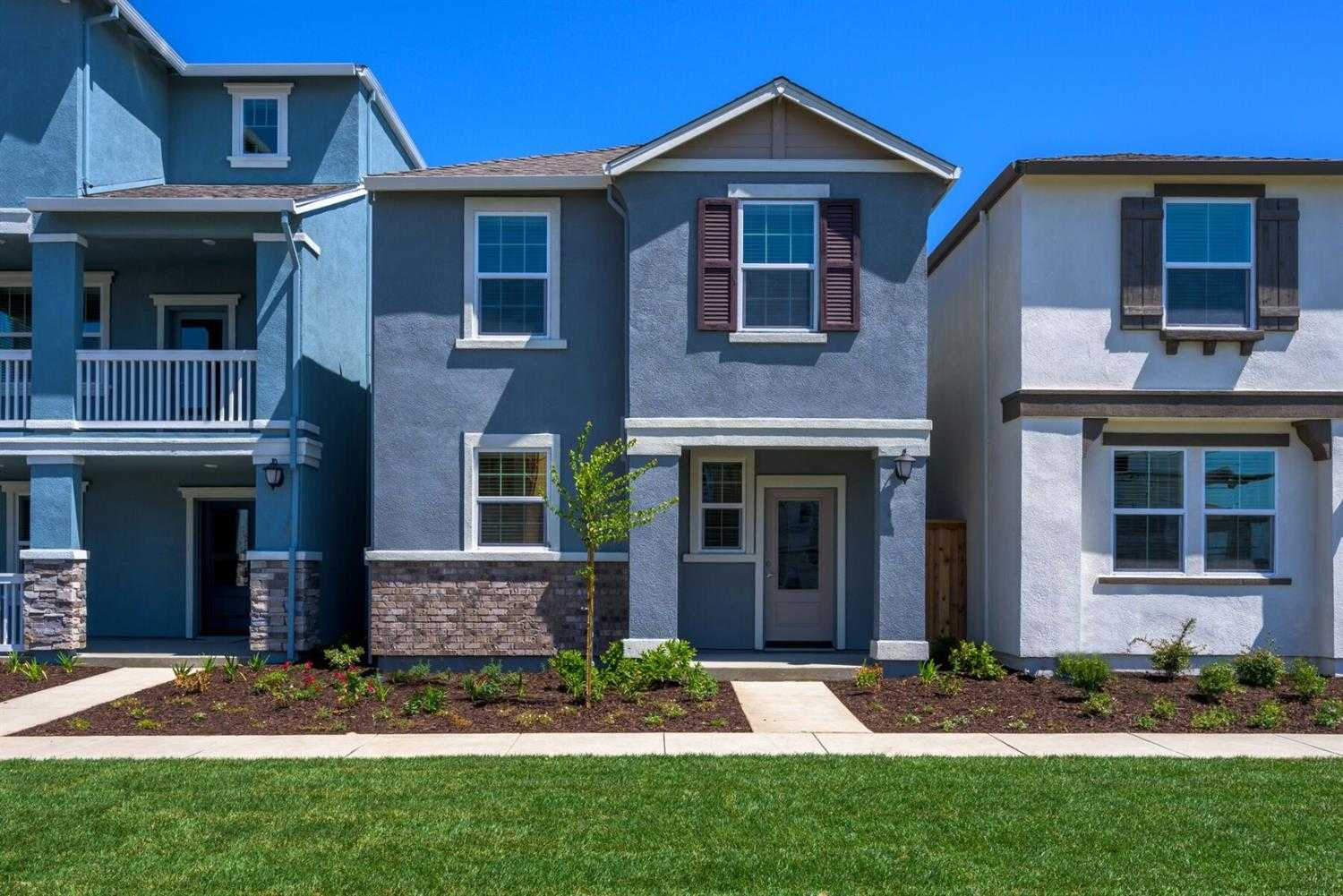 $429,900 - 3Br/3Ba -  for Sale in West Sacramento