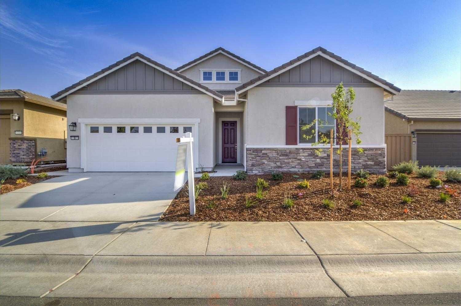 $520,000 - 3Br/3Ba -  for Sale in Four Seasons, Sacramento