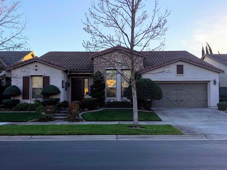 $520,000 - 2Br/3Ba -  for Sale in Sacramento