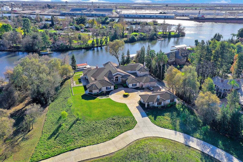 $3,750,000 - 4Br/6Ba -  for Sale in Tuxedo Country Club, Stockton