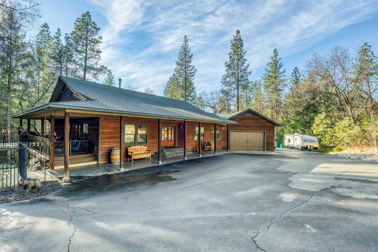 $664,999 - 3Br/2Ba -  for Sale in Placerville
