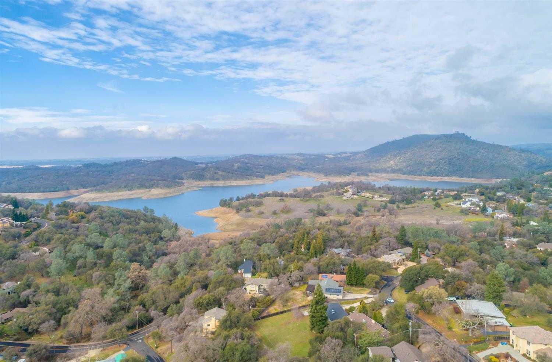 $799,900 - 4Br/5Ba -  for Sale in El Dorado Hills