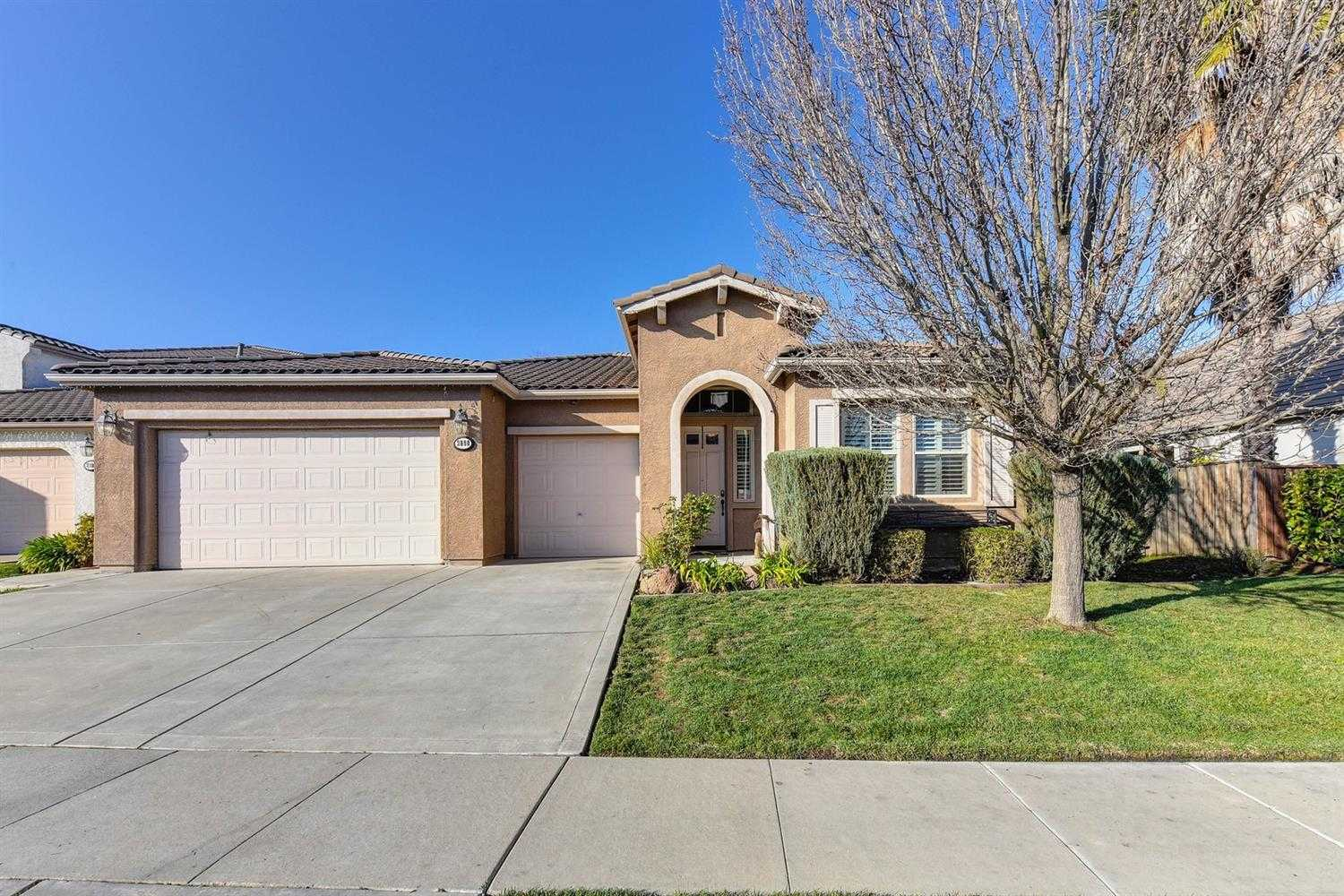 $675,000 - 4Br/4Ba -  for Sale in West Sacramento