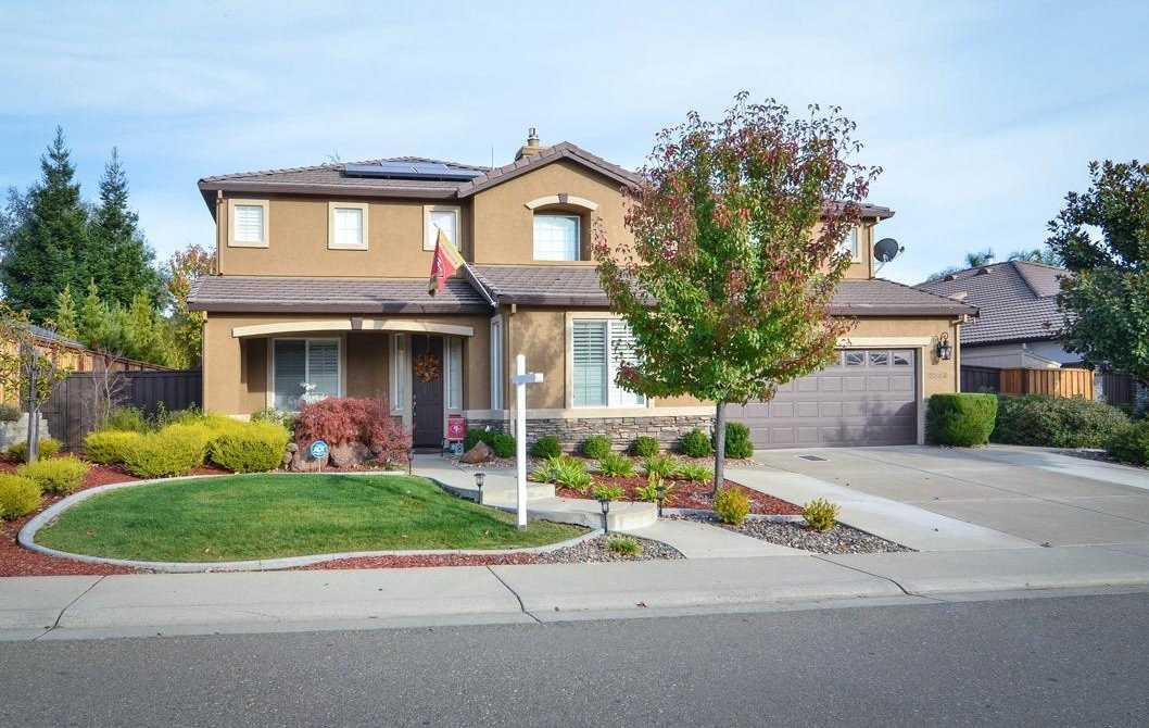 $699,900 - 4Br/3Ba -  for Sale in Woodridge, El Dorado Hills