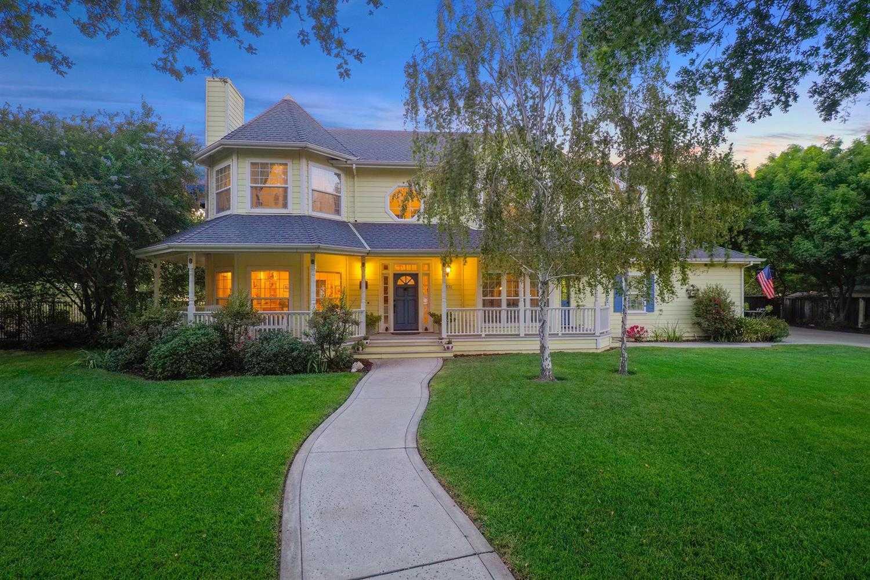 $1,299,000 - 5Br/3Ba -  for Sale in Davis
