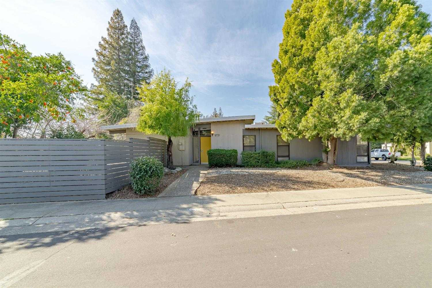 $324,900 - 3Br/2Ba -  for Sale in Williamson Ranch 02, Elk Grove