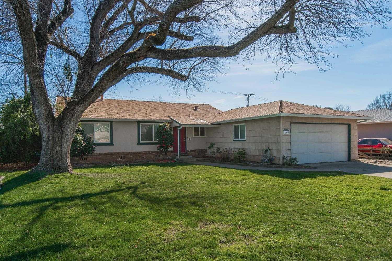 $332,500 - 4Br/2Ba -  for Sale in Cordova Park, Rancho Cordova
