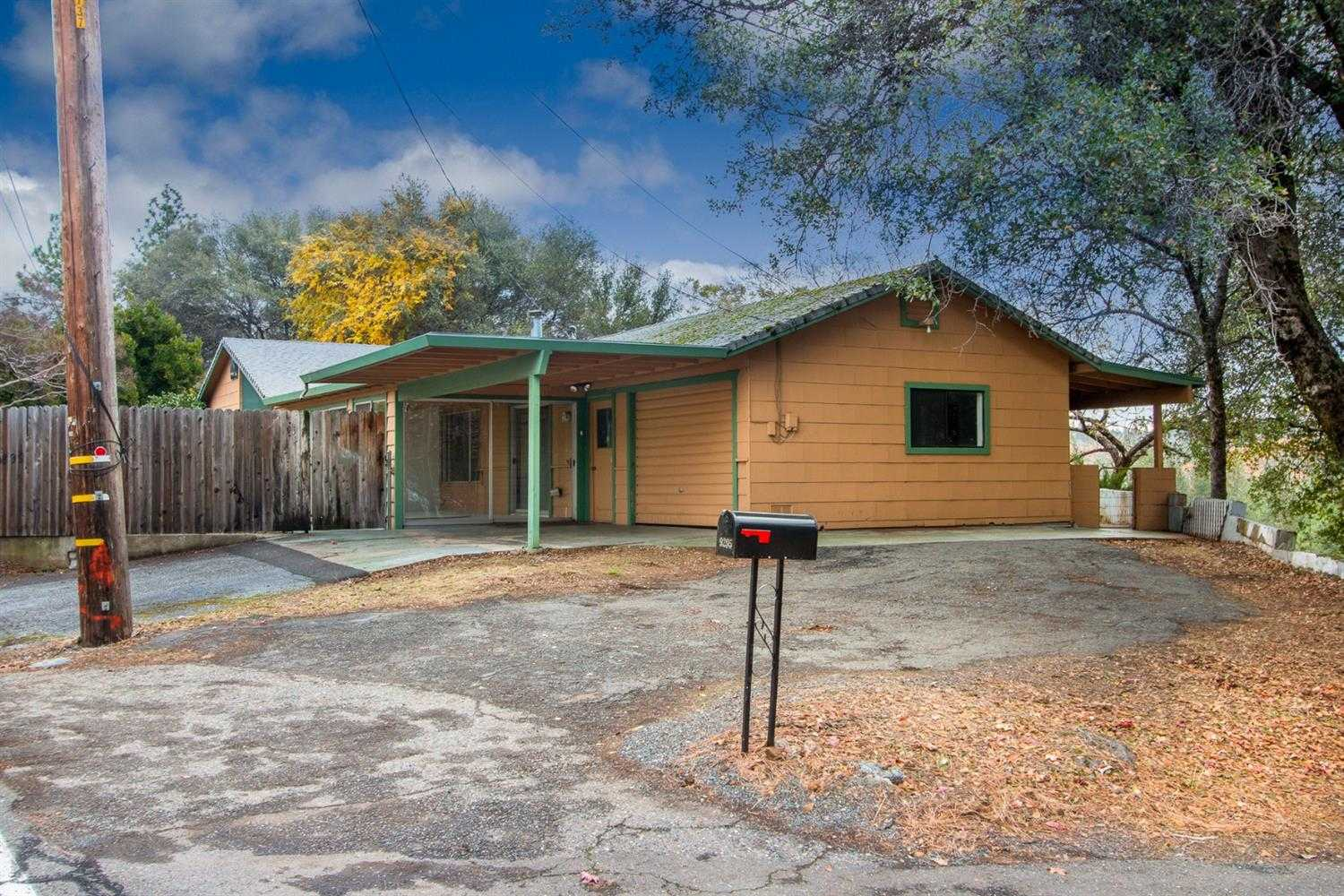 $299,000 - 3Br/2Ba -  for Sale in Placerville