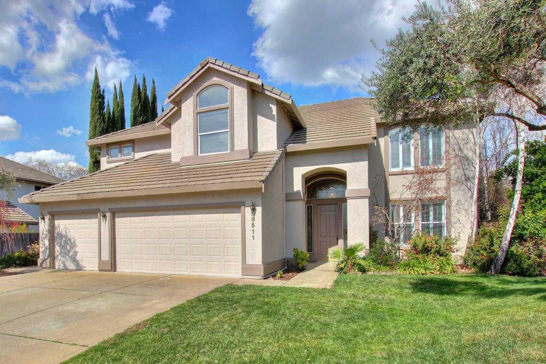 8511 Rolling Green Way Fair Oaks, CA 95628