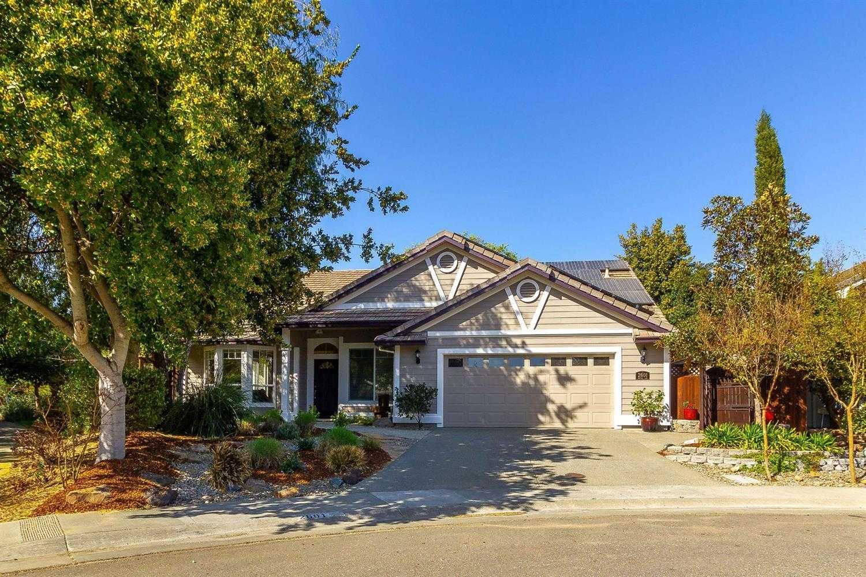 $899,000 - 4Br/2Ba -  for Sale in Davis