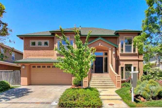 $1,135,000 - 4Br/3Ba -  for Sale in Davis