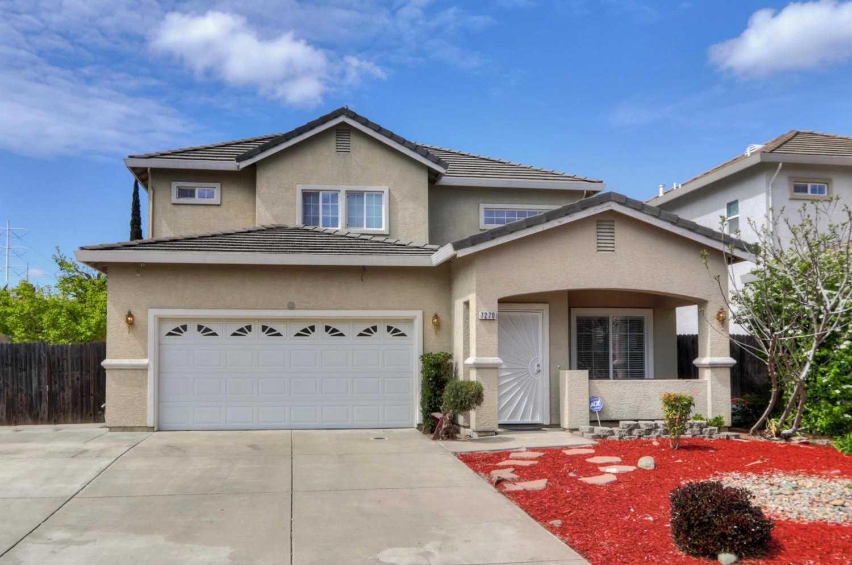 7270 Radha Dr Sacramento, CA 95828