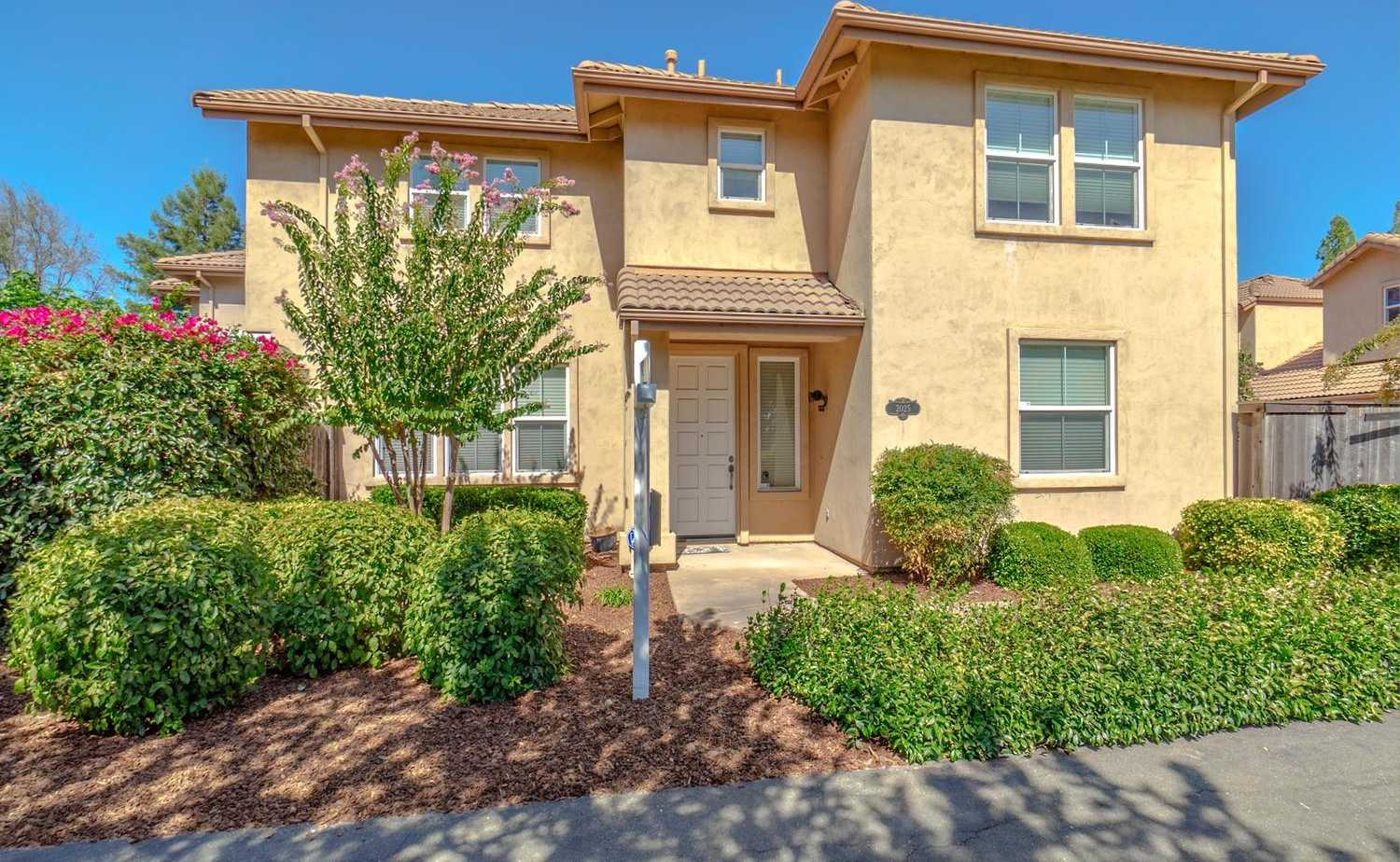 $639,900 - 3Br/3Ba -  for Sale in Davis