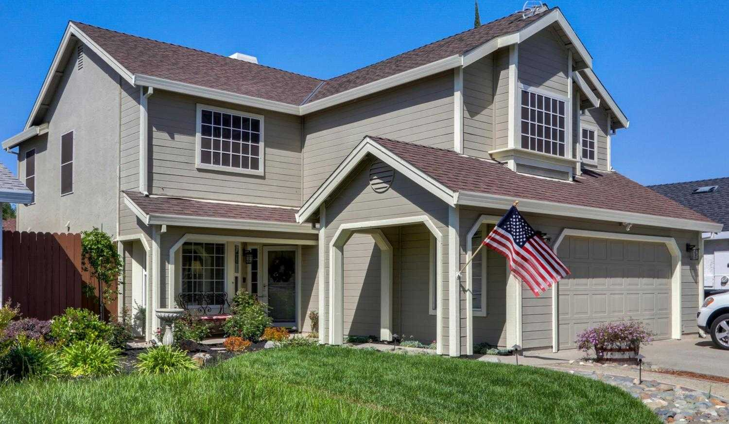 $469,900 - 4Br/3Ba -  for Sale in Cirby Ranch 04, Roseville