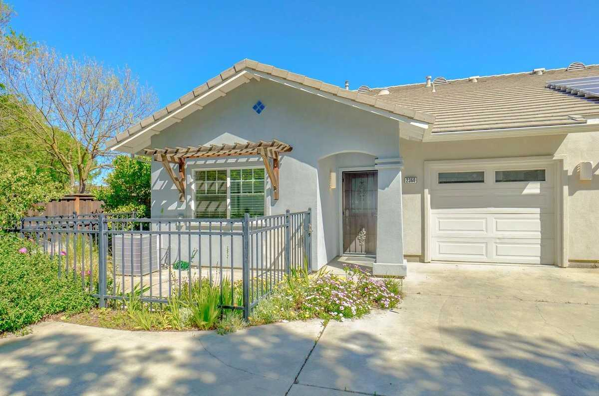 $460,000 - 2Br/2Ba -  for Sale in Davis