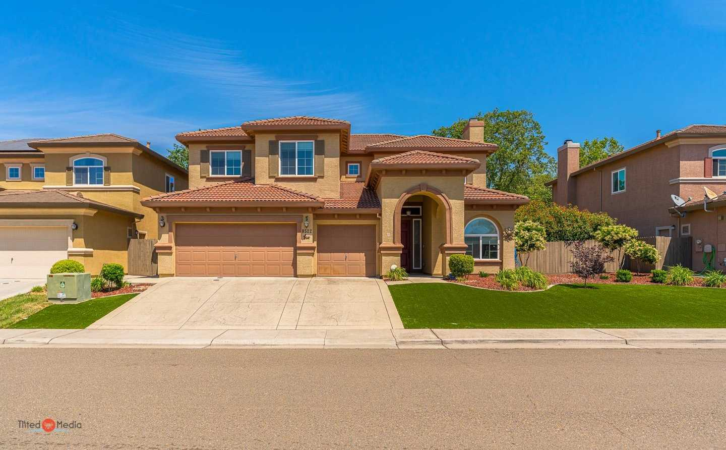 $630,000 - 5Br/4Ba -  for Sale in Orangevale