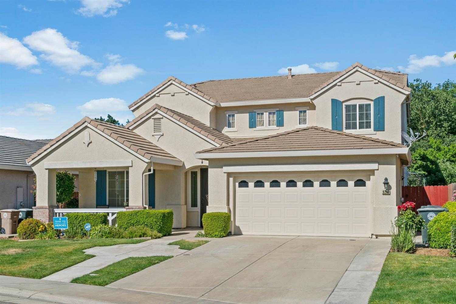 $522,000 - 5Br/3Ba -  for Sale in Bell South, Elk Grove