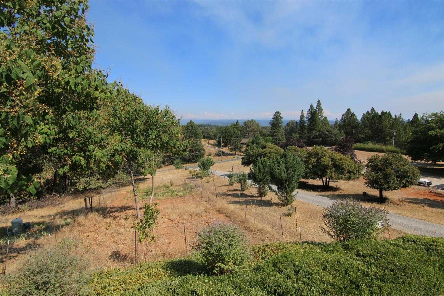 $440,000 - 3Br/3Ba -  for Sale in Colfax