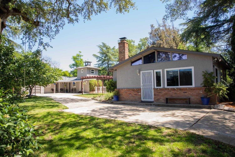 $450,000 - 4Br/3Ba -  for Sale in Haggin Park, Sacramento
