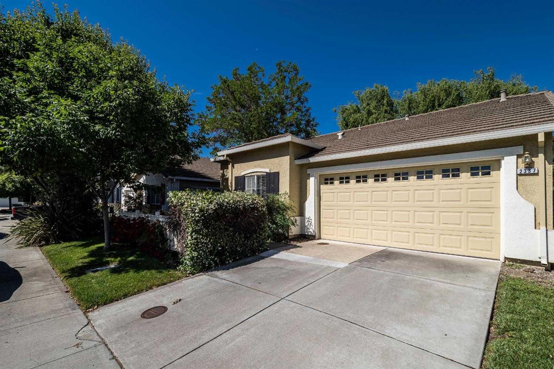 $525,000 - 2Br/2Ba -  for Sale in Davis