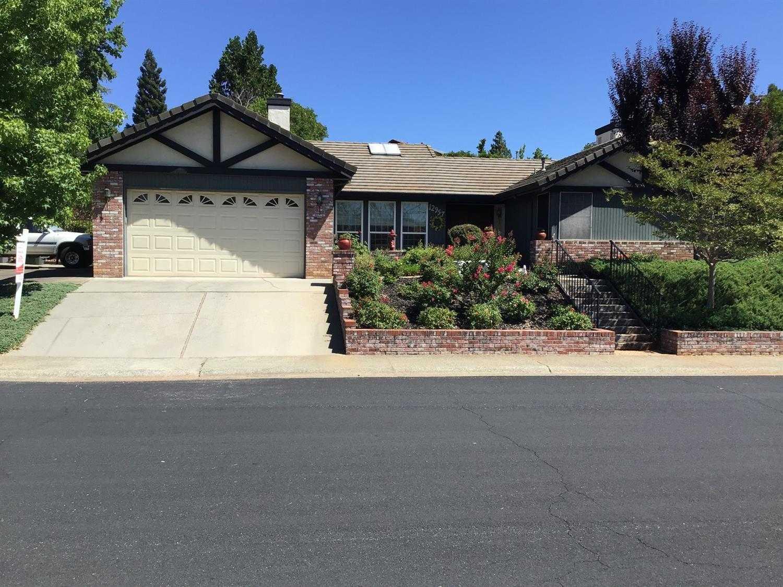 $535,500 - 3Br/2Ba -  for Sale in Country Club Estates, Auburn