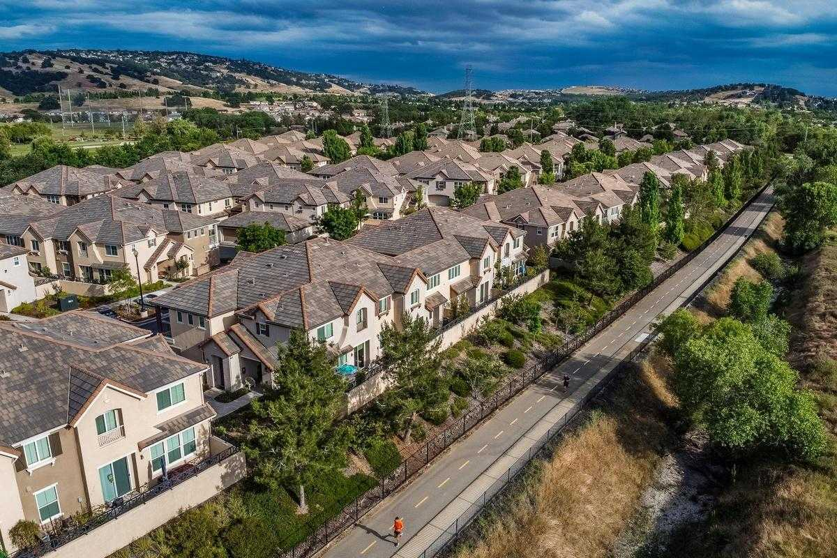 $440,000 - 2Br/3Ba -  for Sale in Rivage, Folsom