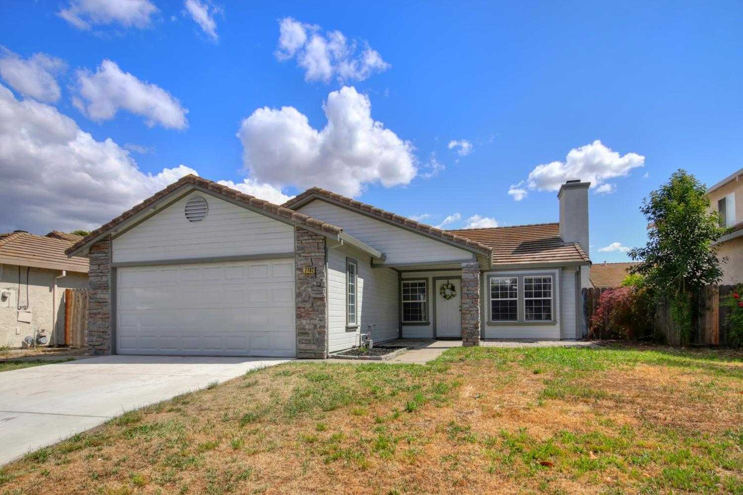 $379,000 - 4Br/2Ba -  for Sale in Stonewood 02, Sacramento