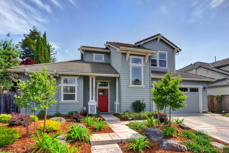 $815,000 - 3Br/3Ba -  for Sale in Willow Creek, Davis