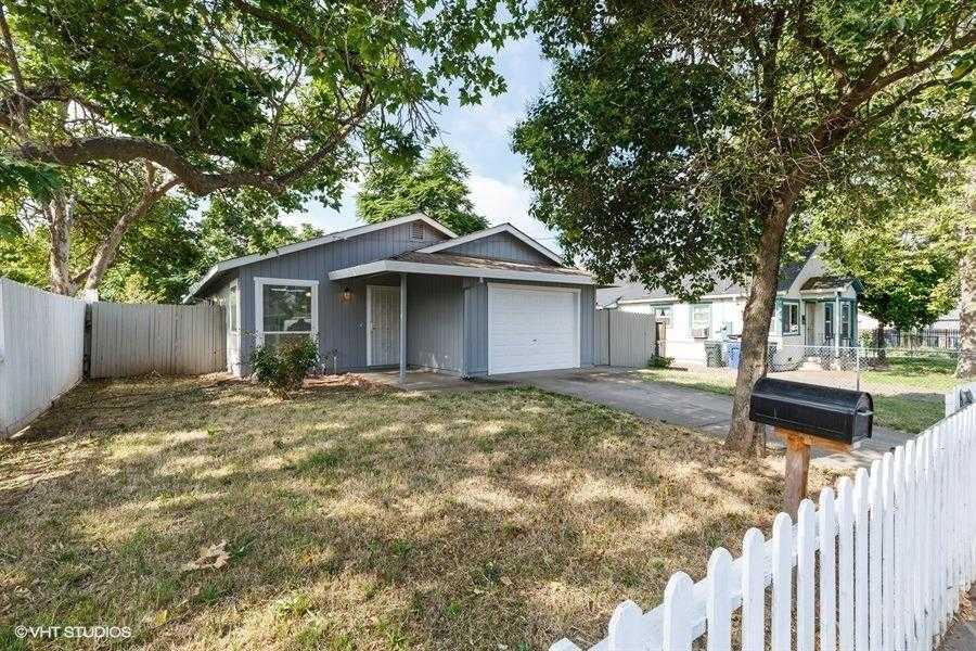 $299,900 - 4Br/2Ba -  for Sale in Sacramento