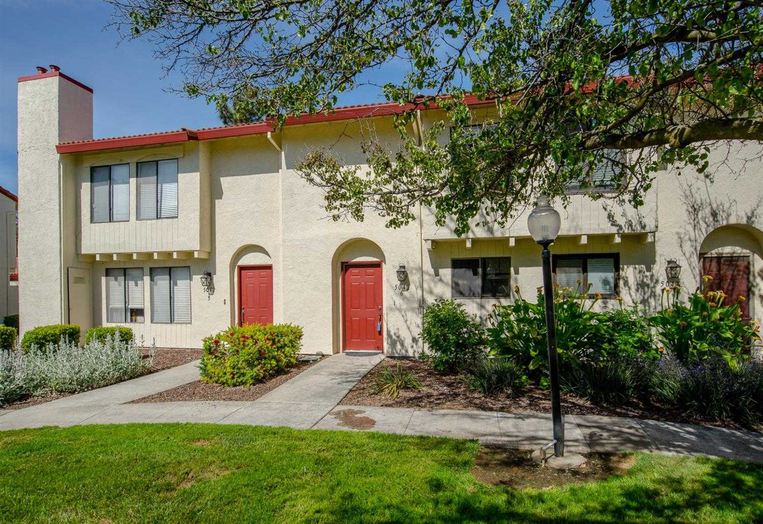 $399,000 - 2Br/2Ba -  for Sale in Davis