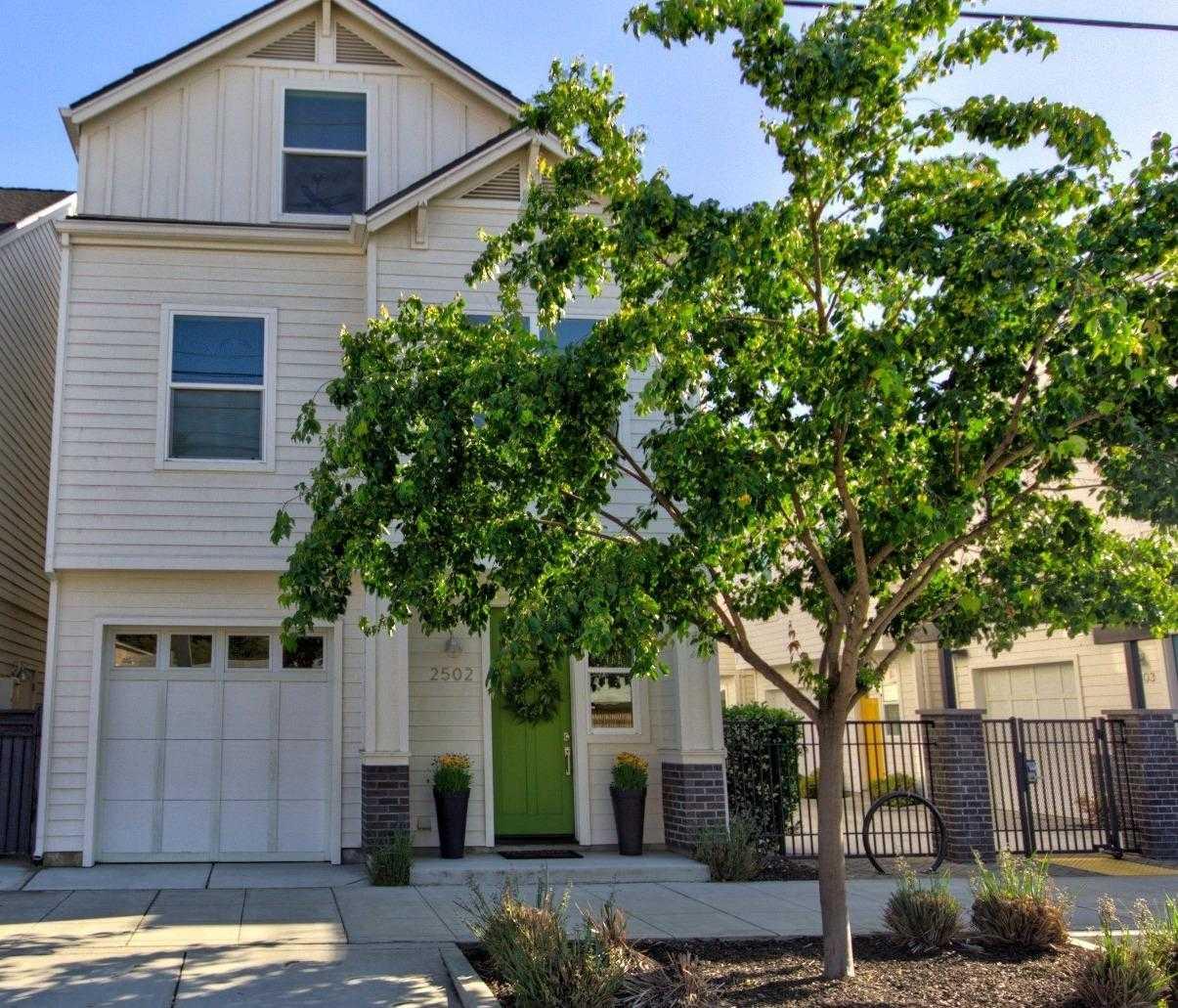 $587,500 - 3Br/3Ba -  for Sale in 2500 R Midtown, Sacramento