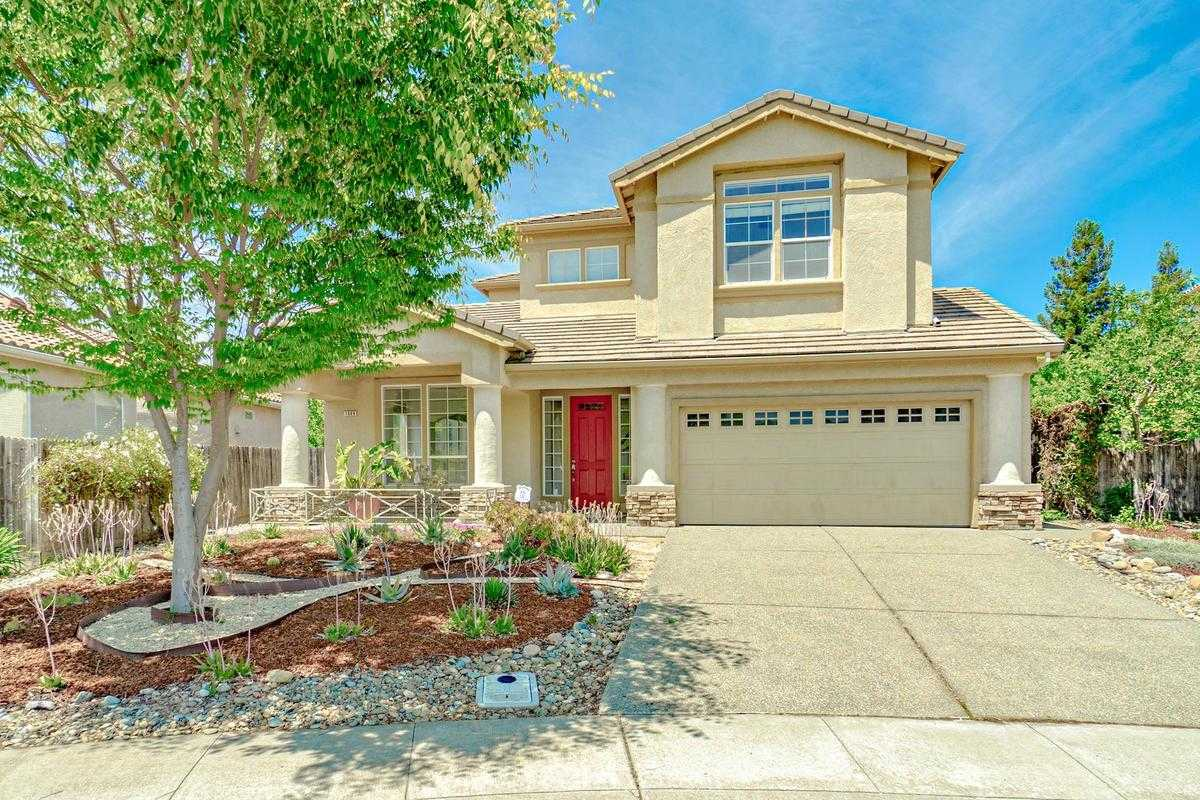 $885,000 - 5Br/3Ba -  for Sale in Evergreen, Davis