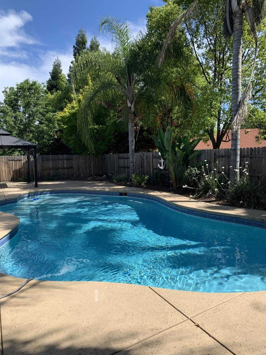 $539,000 - 3Br/2Ba -  for Sale in Folsom
