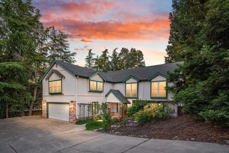 $615,000 - 4Br/3Ba -  for Sale in Fair Oaks