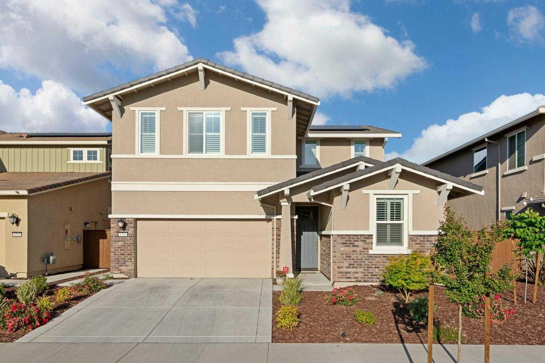 $569,888 - 5Br/3Ba -  for Sale in Sacramento