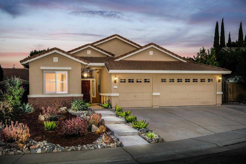 $549,800 - 4Br/2Ba -  for Sale in Silverado Oaks, Roseville