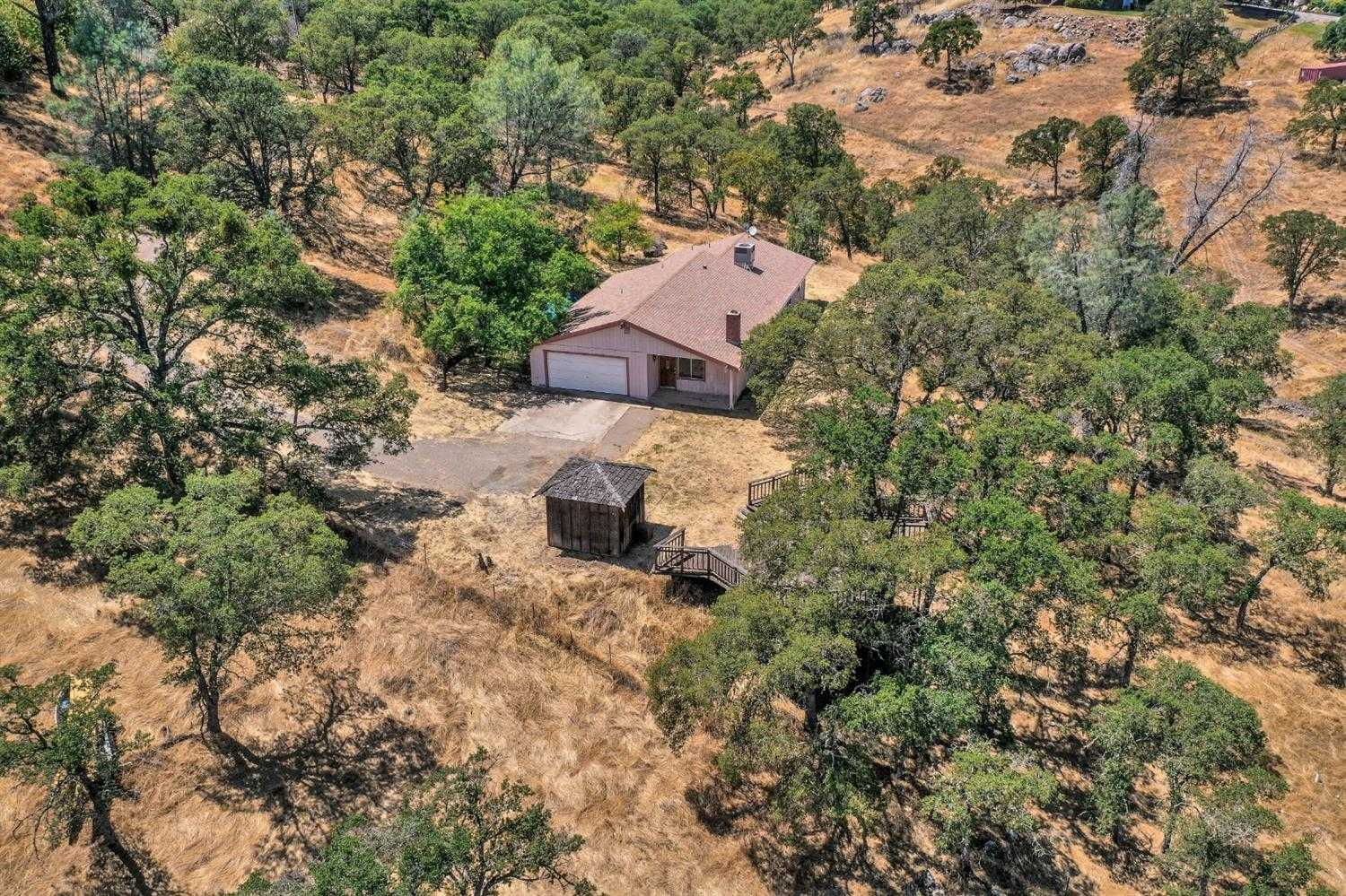 6549 Cane Ln Valley Springs, CA 95252