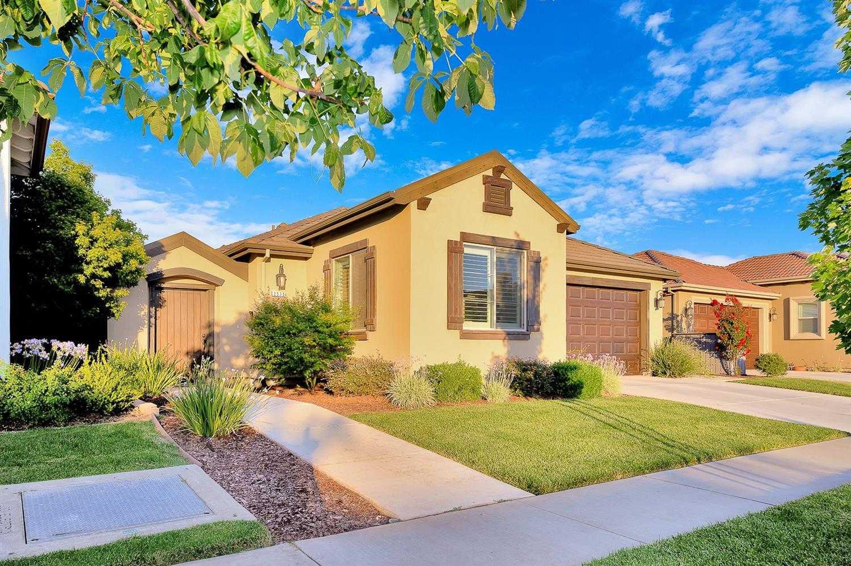 $599,000 - 4Br/3Ba -  for Sale in Legacy Estates, Lodi