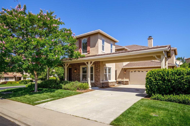 $729,999 - 4Br/4Ba -  for Sale in Serrano, El Dorado Hills