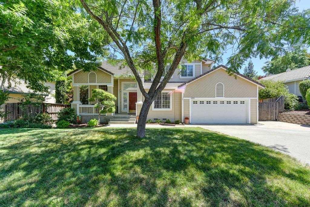 $632,000 - 4Br/3Ba -  for Sale in Bridlewood Canyon, El Dorado Hills