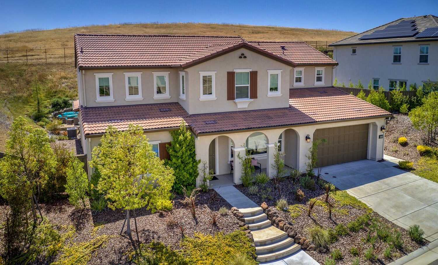 $875,000 - 5Br/5Ba -  for Sale in El Dorado Hills