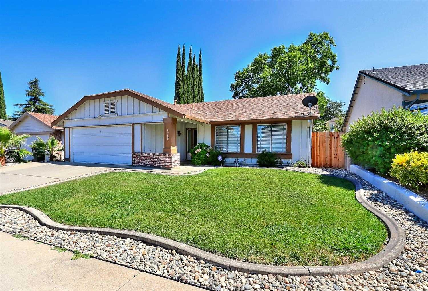 $335,000 - 3Br/2Ba -  for Sale in North Country #5, Antelope