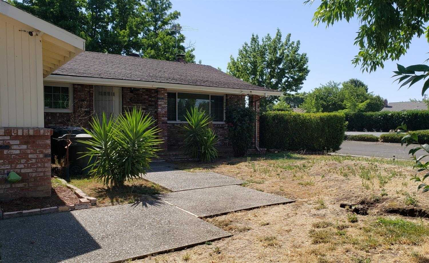 Photo of  3549 Rosemont Dr