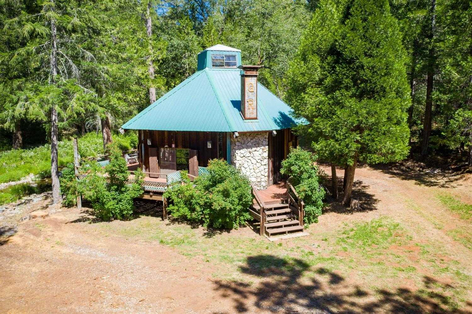 $1,350,000 - 2Br/2Ba -  for Sale in Sheep Ranch