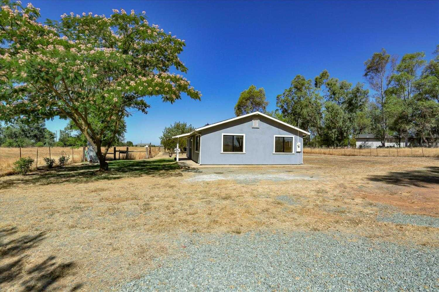 12180 Clay Station Rd Herald, CA 95638