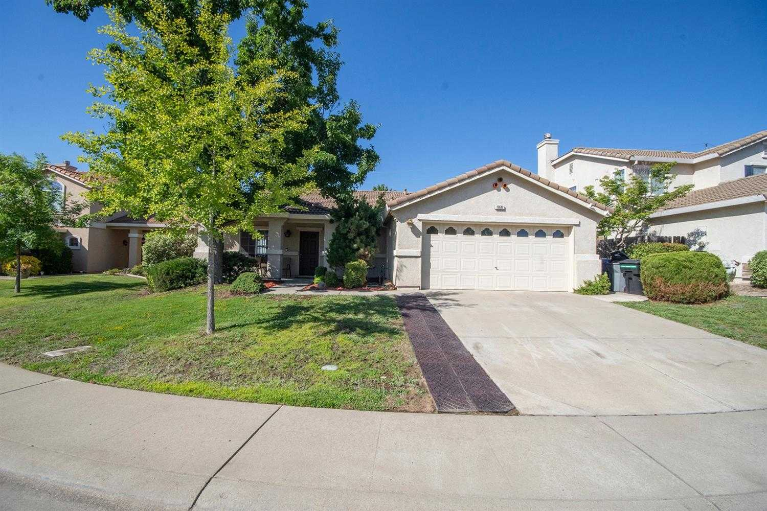 $549,999 - 4Br/2Ba -  for Sale in Folsom