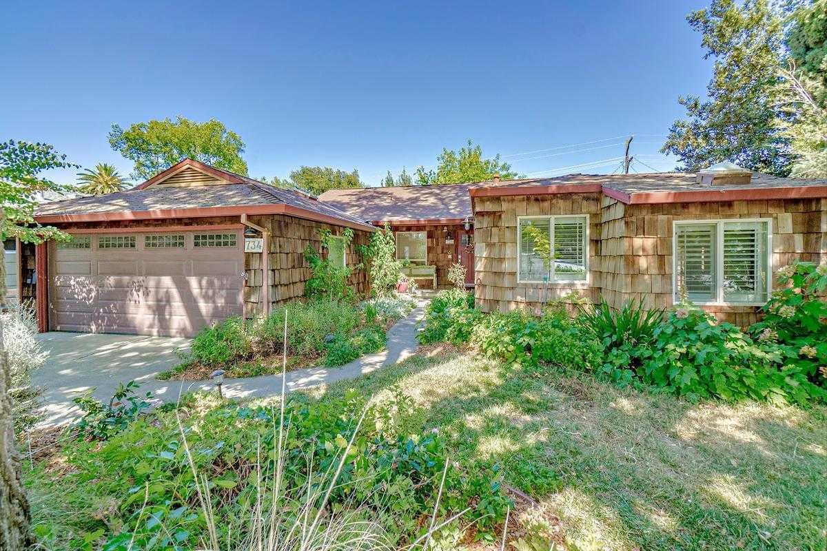 $789,000 - 3Br/2Ba -  for Sale in Davis