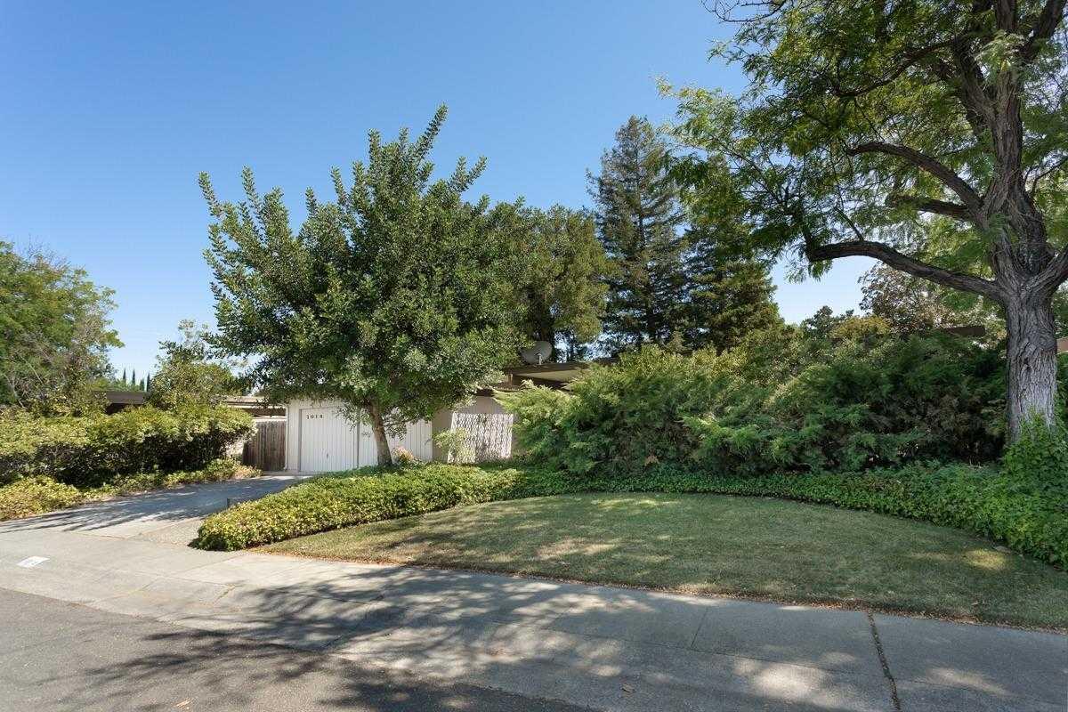 $738,000 - 4Br/2Ba -  for Sale in Davis